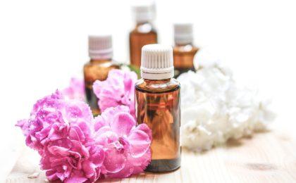 huiles essentielles anti inflammatoire flacons traitement naturel aromathérapie